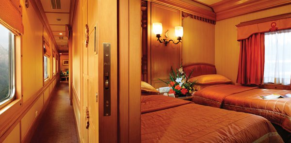 Twin Bedroom on Borad The Golden Chariot
